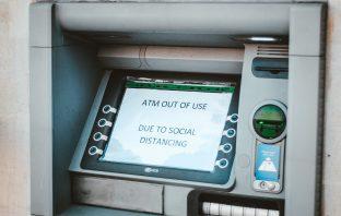 cash vs digital dakshina