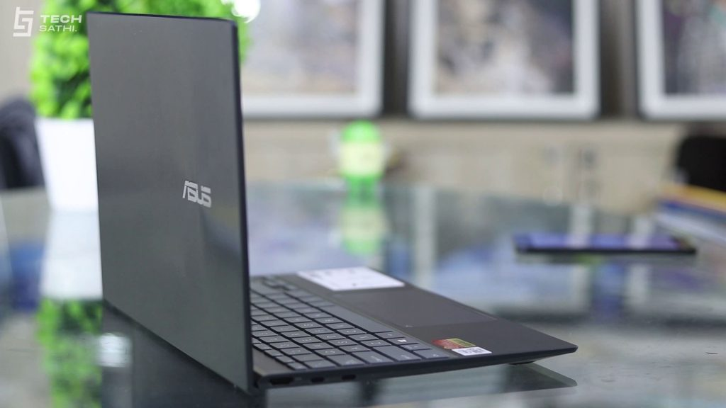 ASUS Zenbook Side Design