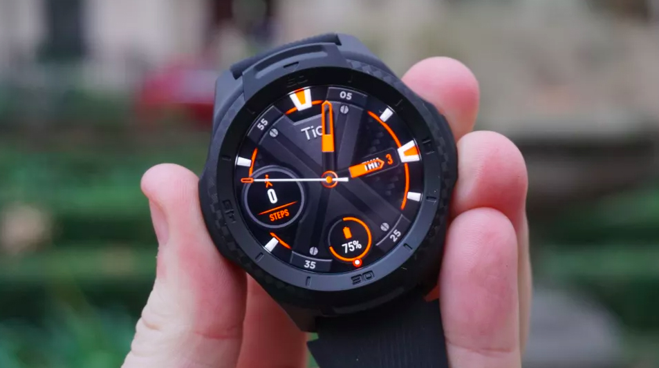TicWatch S2 Design and Display